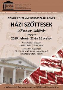 Házi szőttesek címmel nyílt szőnyegkiállítás Szikra Zoltánné Beregszászi Ágnes munkáiból.